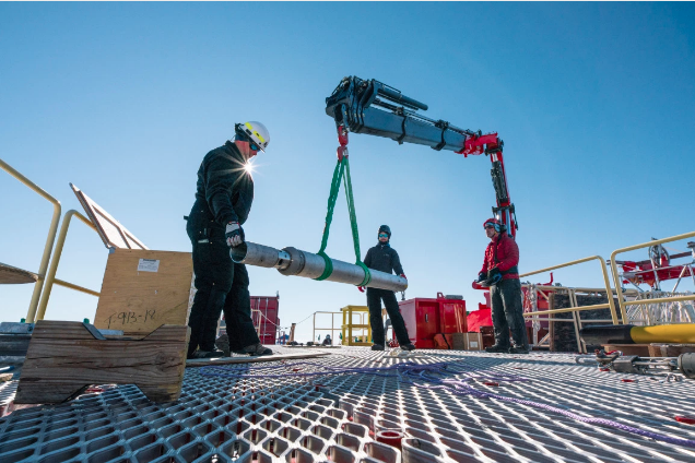 Science Team Drills Into Mercer Subglacial Lake