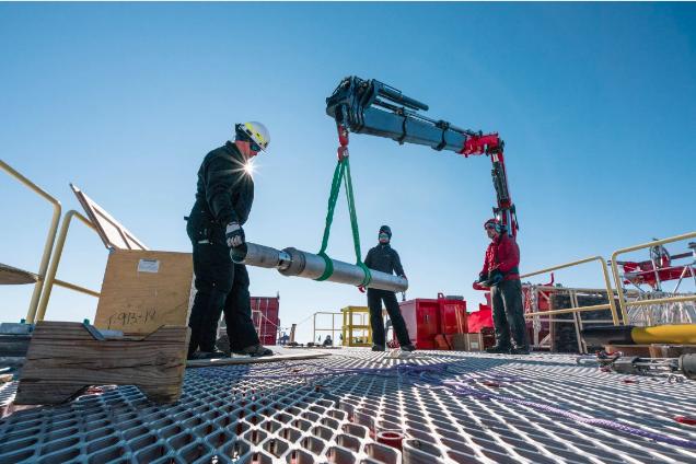 Science Team Drills Into Mercer Subglacial Lake